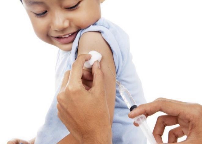 33%美国家长不会带孩子打新冠疫苗,我国儿童可以打疫苗,安全?